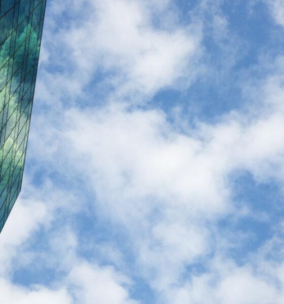 self sustaining buildings